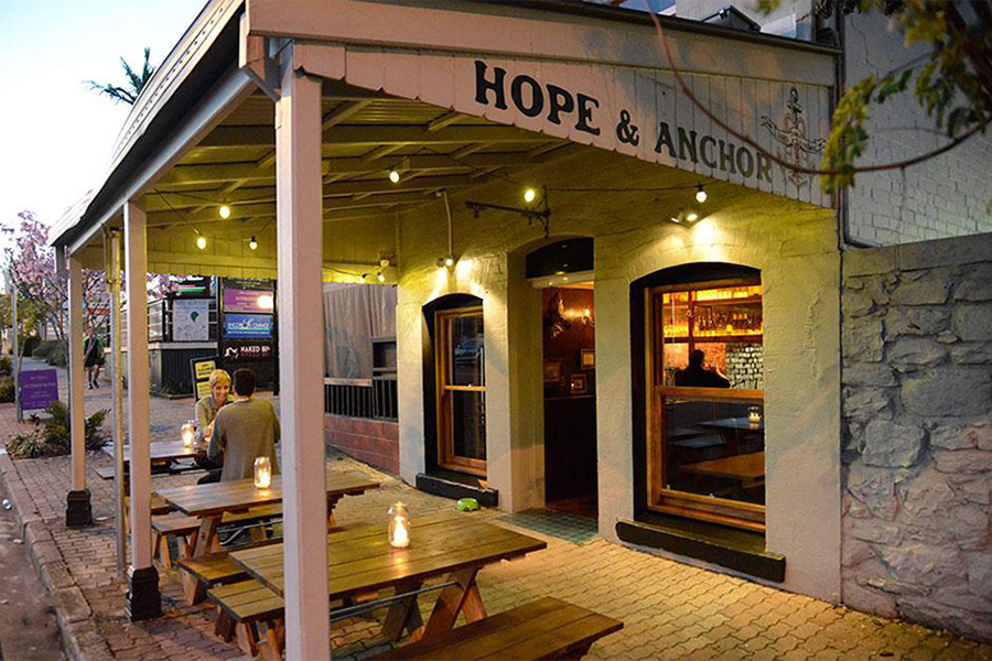 Best Pubs in Brisbane The Hope and Anchor