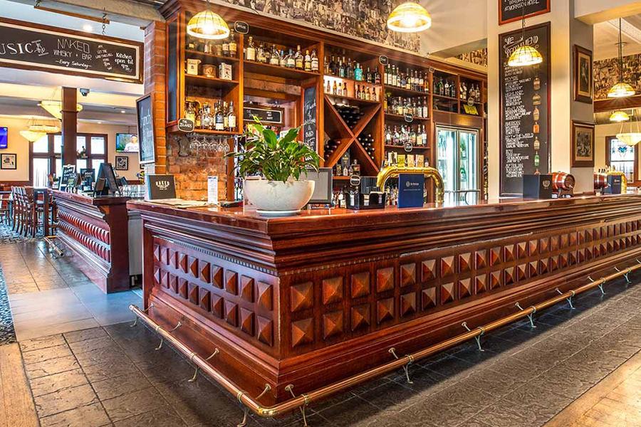 Best Pubs in Brisbane The Morrison Hotel