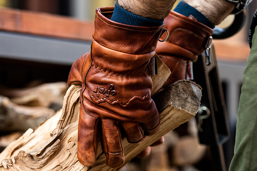 Give'r 4 Season Glove w Wax Coating Christmas Gift Guide Handyman