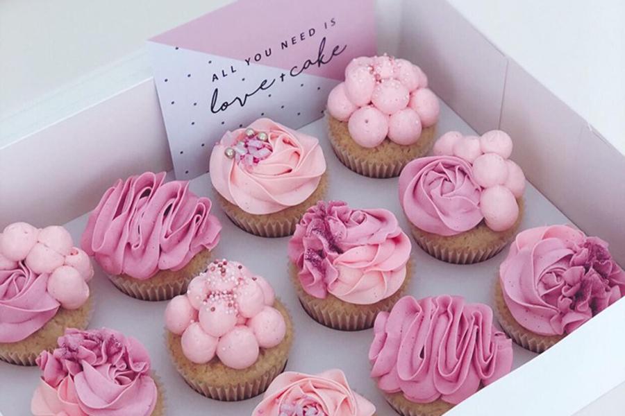 Best Cake Shops in Brisbane Petal and Peach Bespoke Cakery