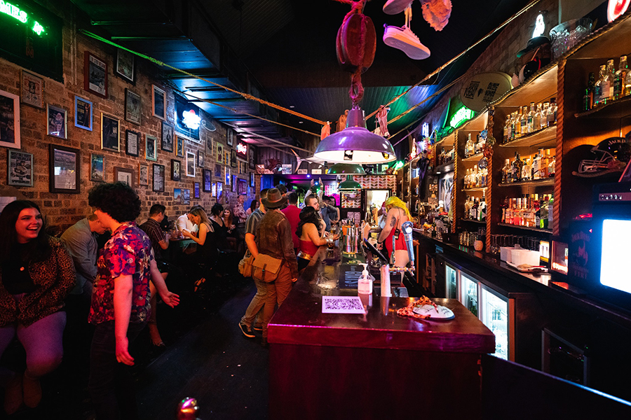 Best Bars in Brisbane Suzie Wong's Good Time Bar
