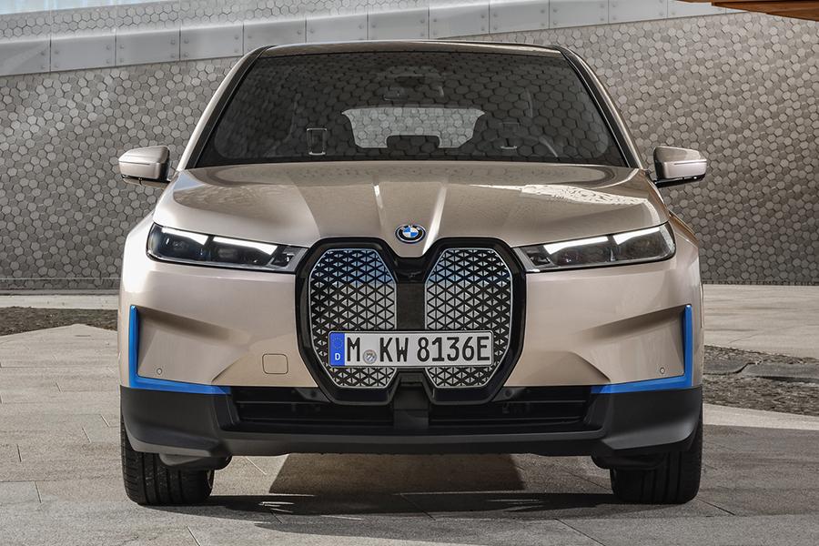 BMW 2022 ix front