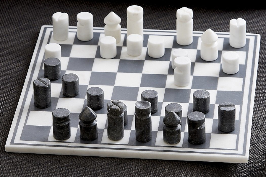 Best Chess Sets - MOMA