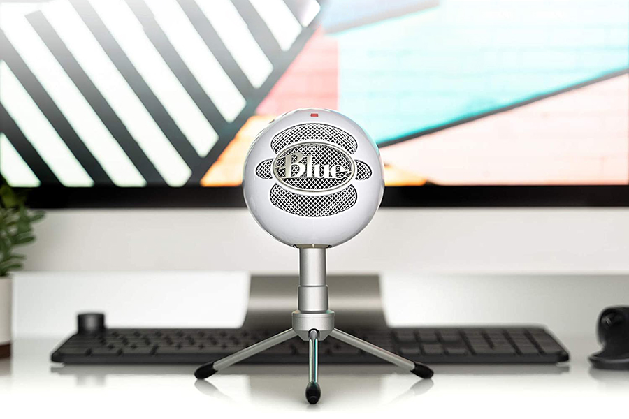 Blue Snowball iCE Microphone Christmas Gift Guide