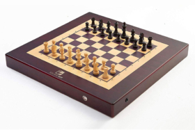 Square Off Chessboard side