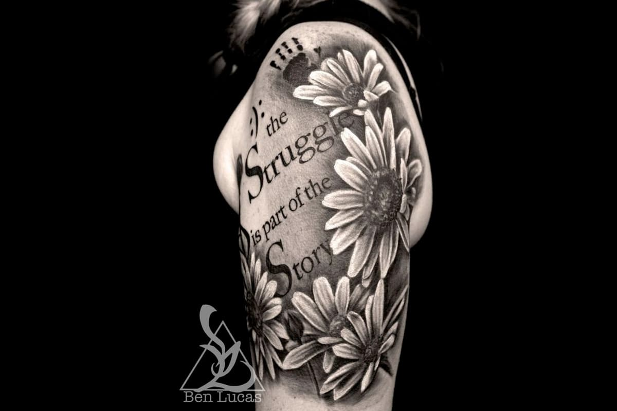 Half sleeve with quote