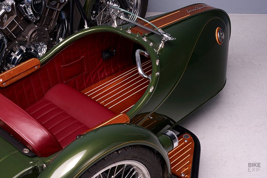 Indian Scout Sidecar from France inside look
