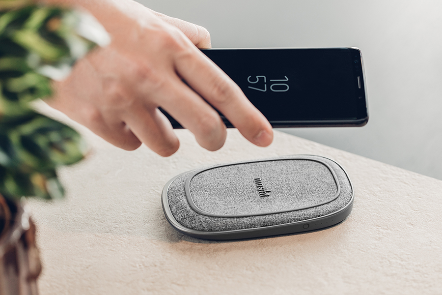 Best Wireless Chargers for iPhone and Android Moshi Porto Q
