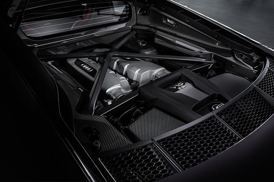 Audi R8 Panther engine