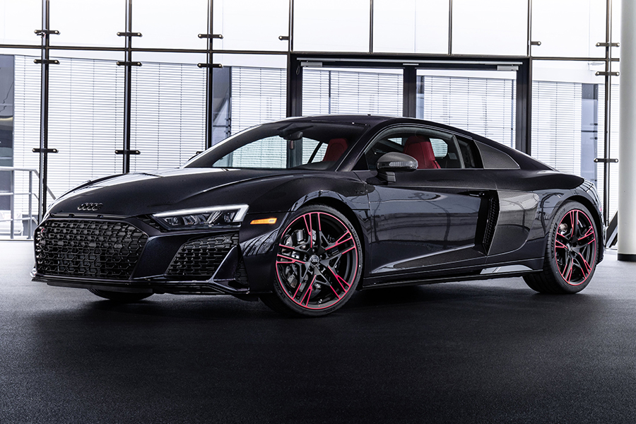 Audi R8 Panther front side