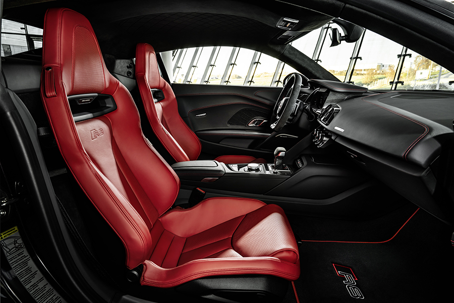 Audi R8 Panther seats