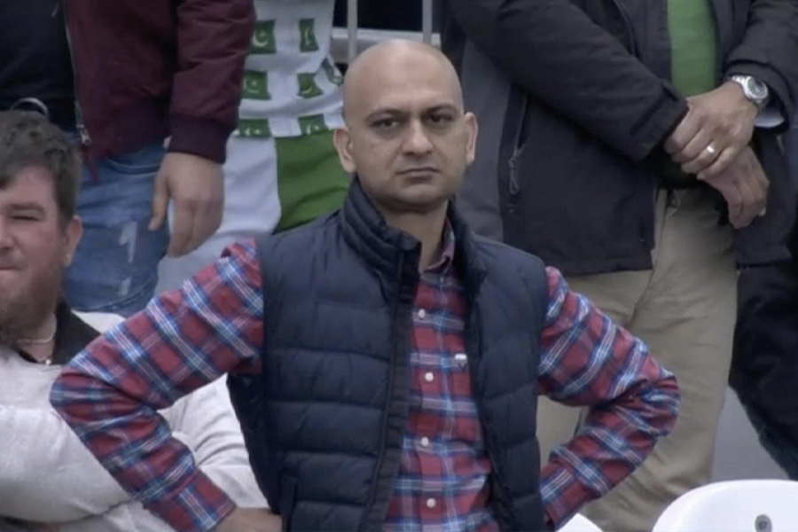 The Disappointed Pakistani fan from memes