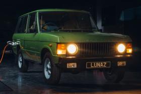 Lunaz Range Rover EV front