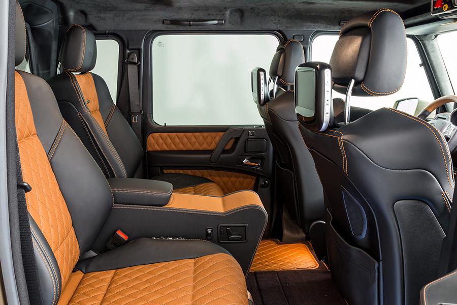 MERCEDES-BENZ G63 AMG 6×6 seats