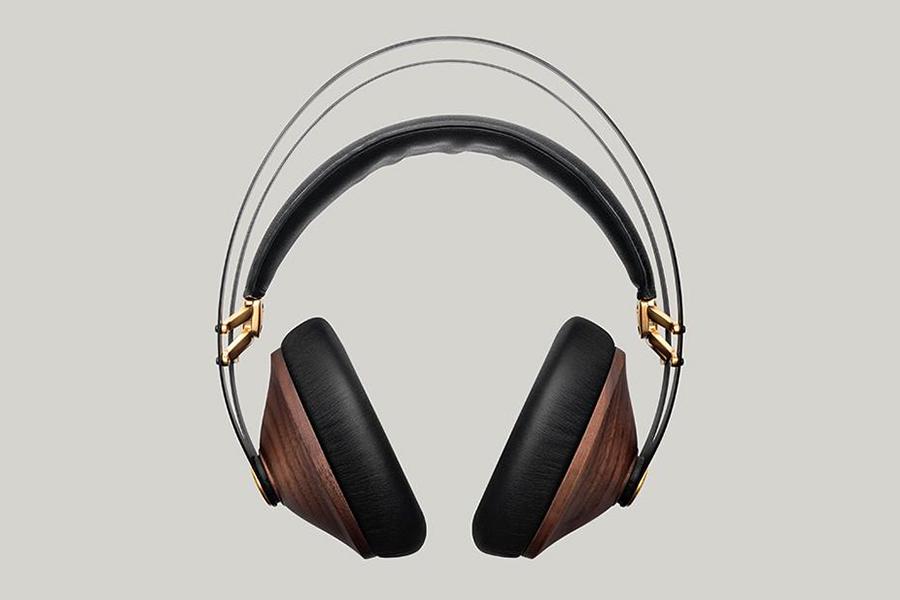 Meze audio Brand front