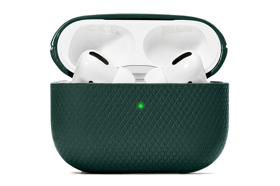 Native Union Heritage Collection airpod case open