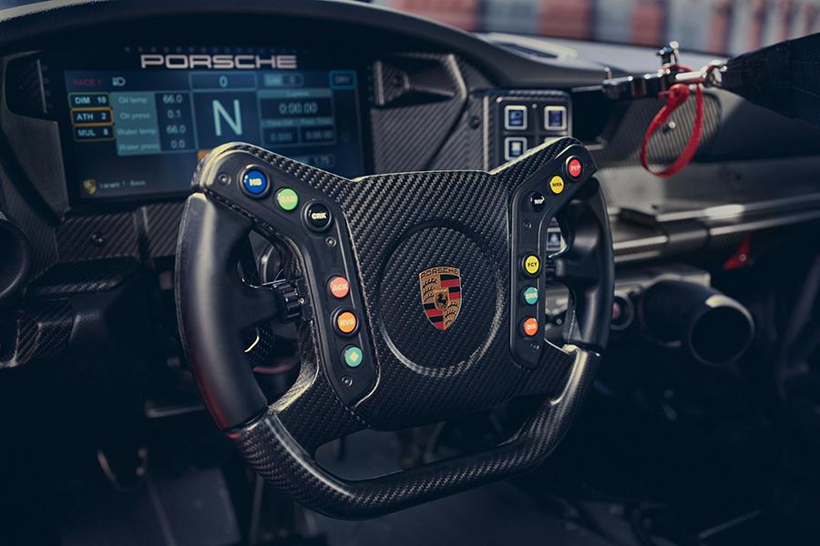 Porsche 911 GT3 Cup dashboard