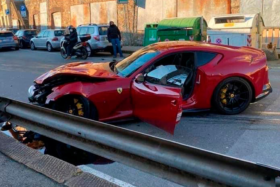 Totalled Ferrari ofFederico Marchetti