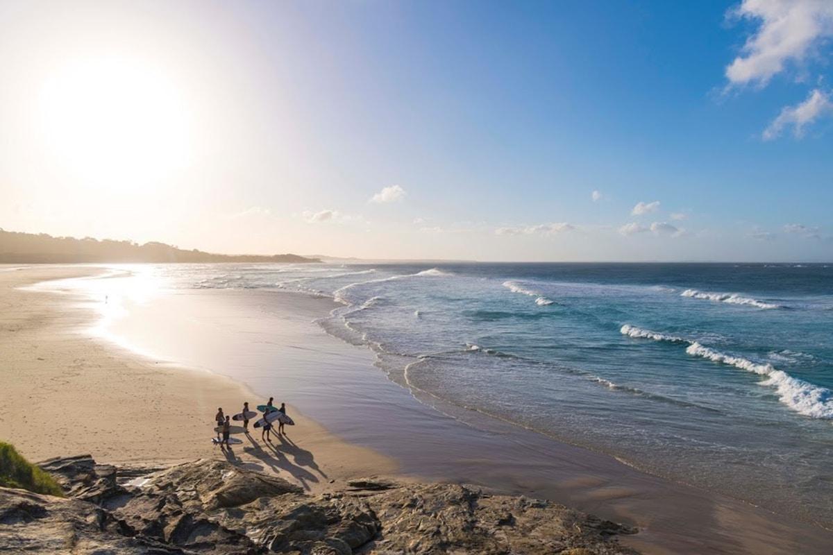 Best Beaches Near Brisbane Cylinder Beach
