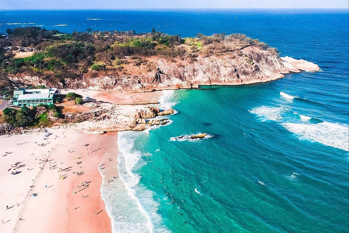 Best Beaches Near Brisbane Main Beach