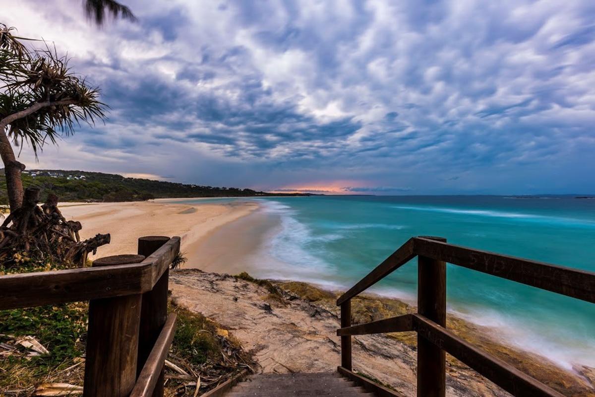 10 лучших пляжей возле Брисбена    Человек многих