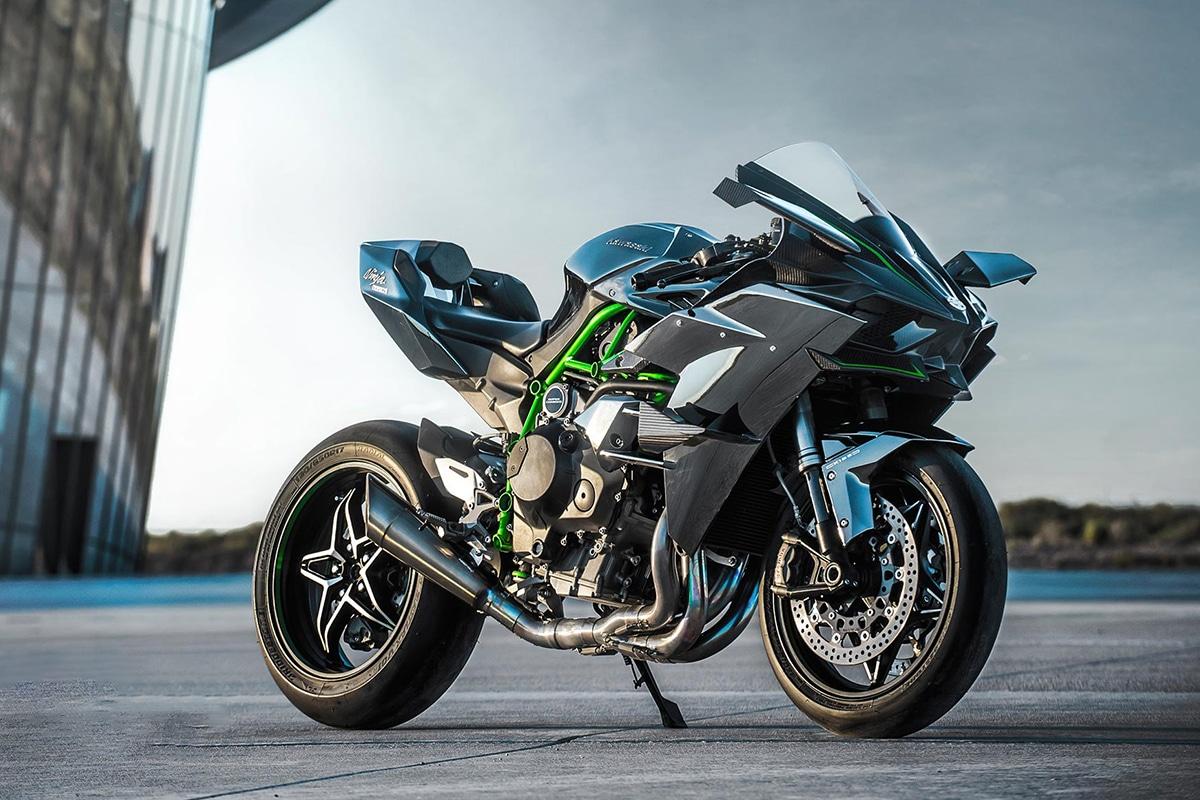 Fastest Motorcycles in the World You Can Actually Buy Kawasaki Ninja H2R