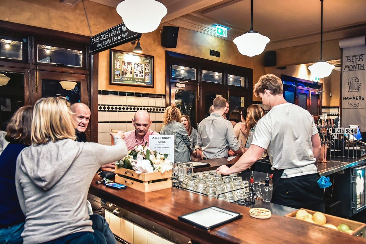 Best Paddington Bars to Explore the Nightlife Four in Hand Pub