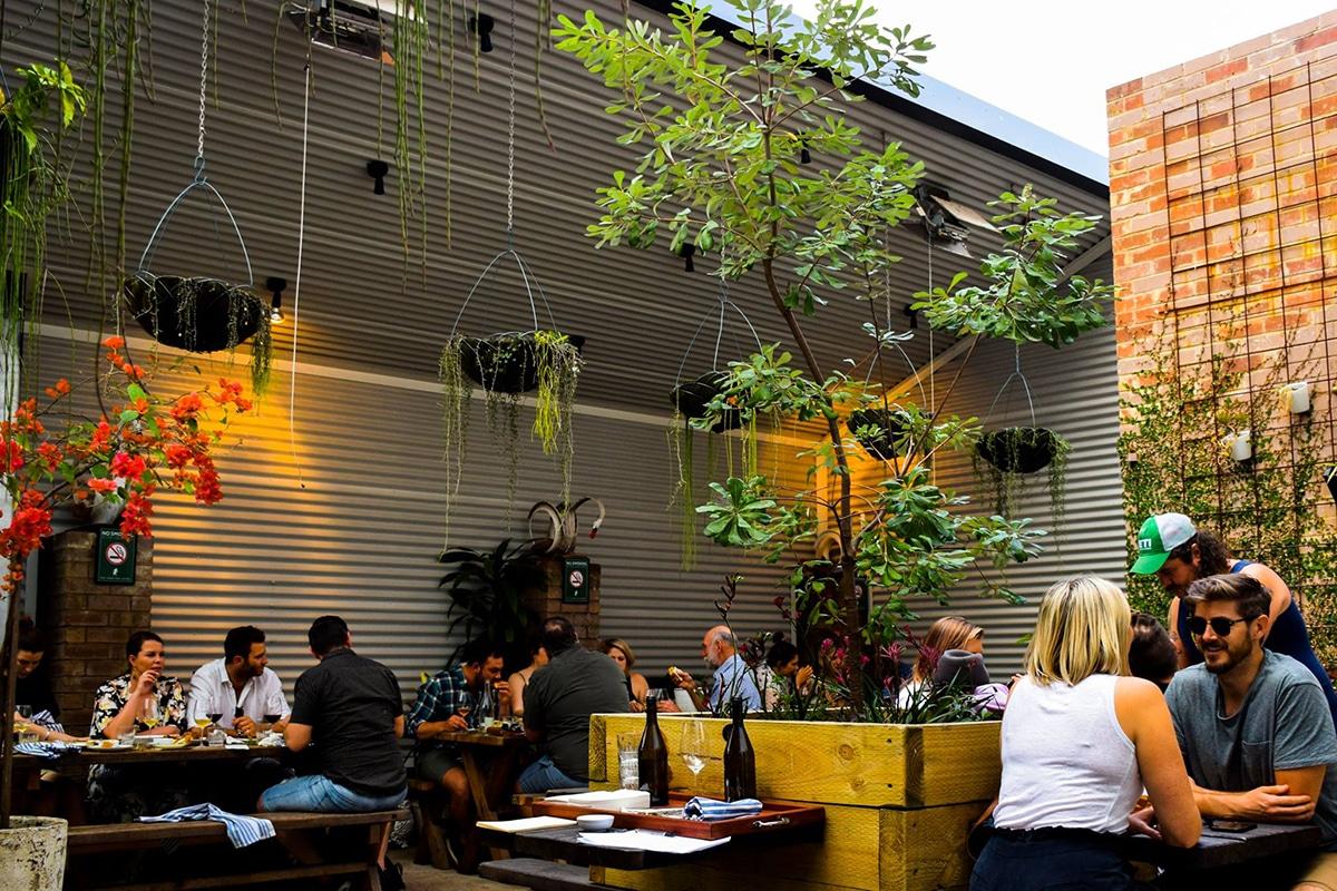 Best Paddington Bars to Explore the Nightlife The Unicorn Hotel