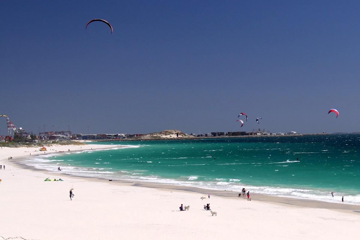 Лучшие пляжи Перта для посещения этим летом Лейтон-Бич