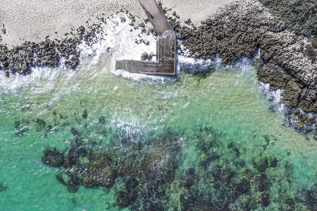 Лучшие пляжи Перта для посещения этим летом в бассейне Меттамс