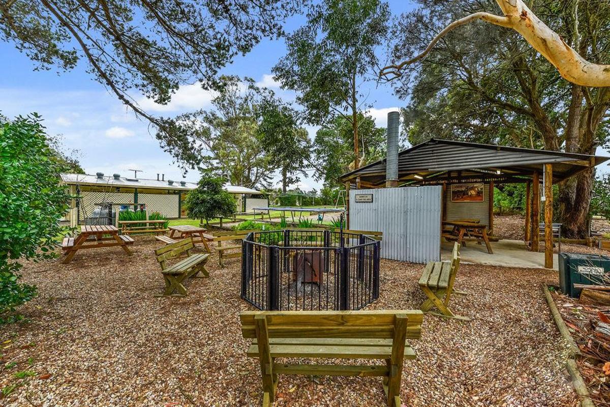 Best Glamping Spots Near Adelaide Millicent Hillview Caravan Park