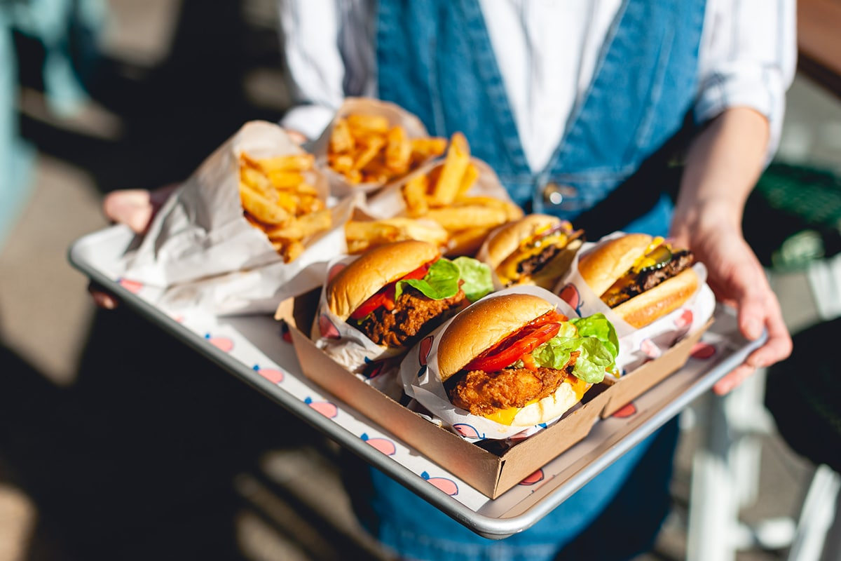 Spots for the Best Burgers in Perth The Peach Pit