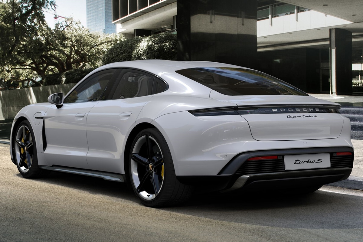 2021 Porsche Taycan Sedan вид сзади