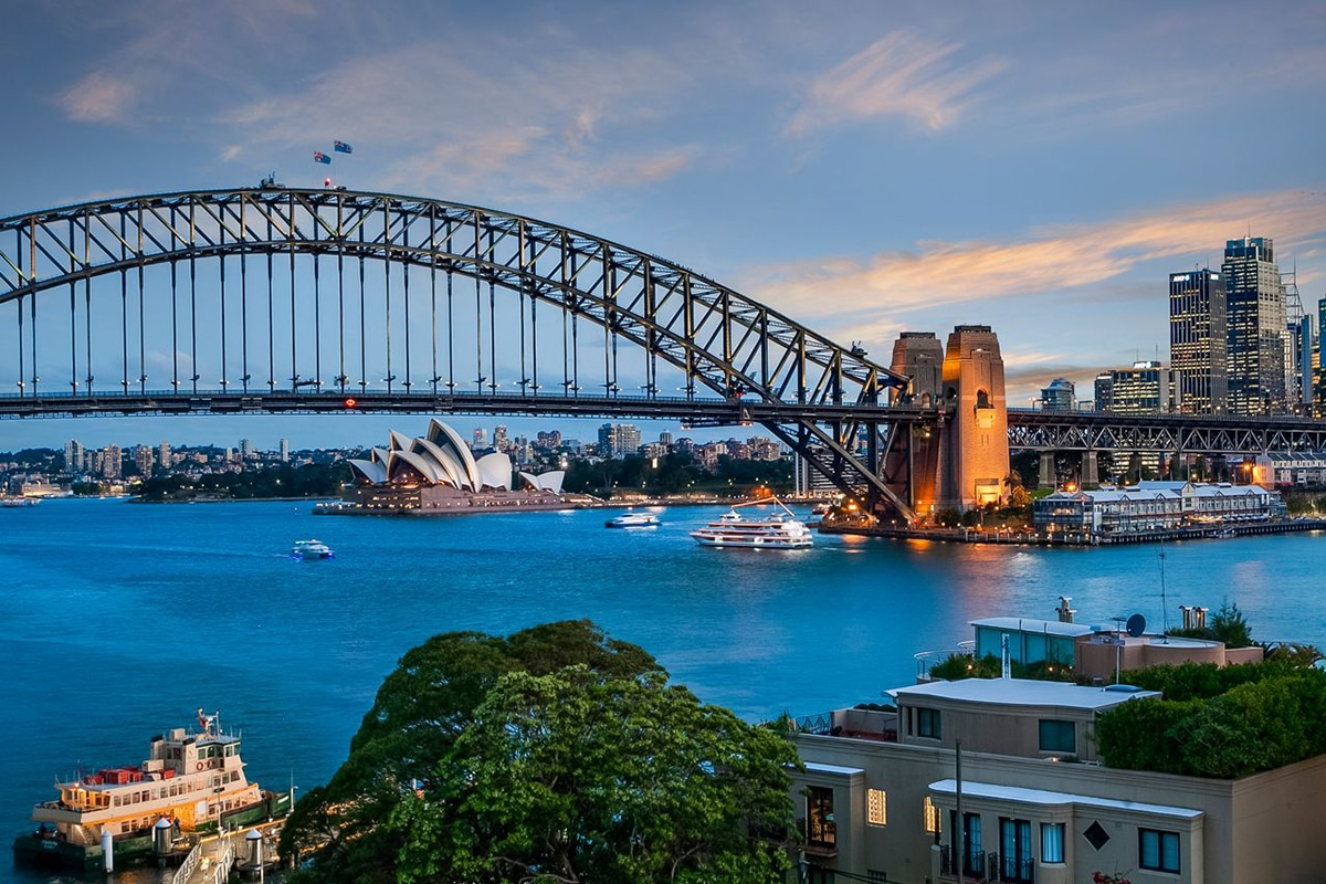 Best Views and Lookout Points in Sydney McMahons Point