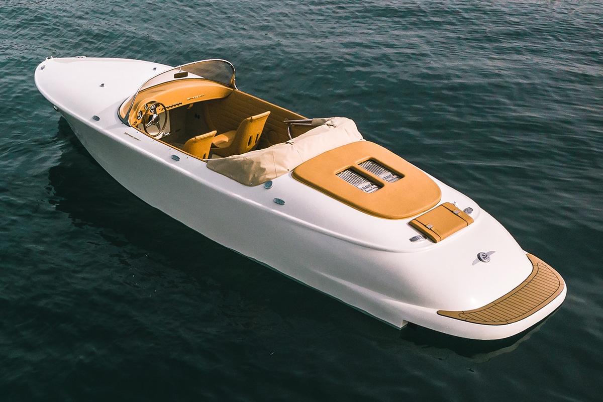 Hermes Speedster E Dayboat back side