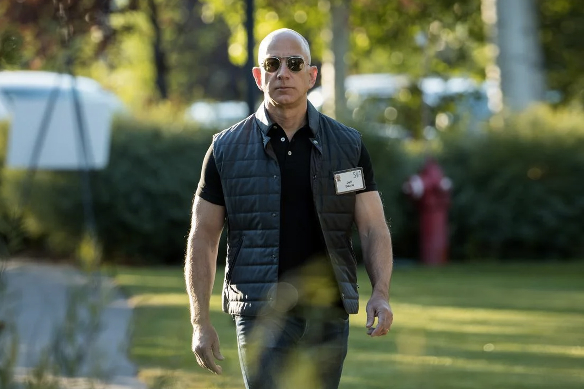 Jeff Bezos Stepping Down