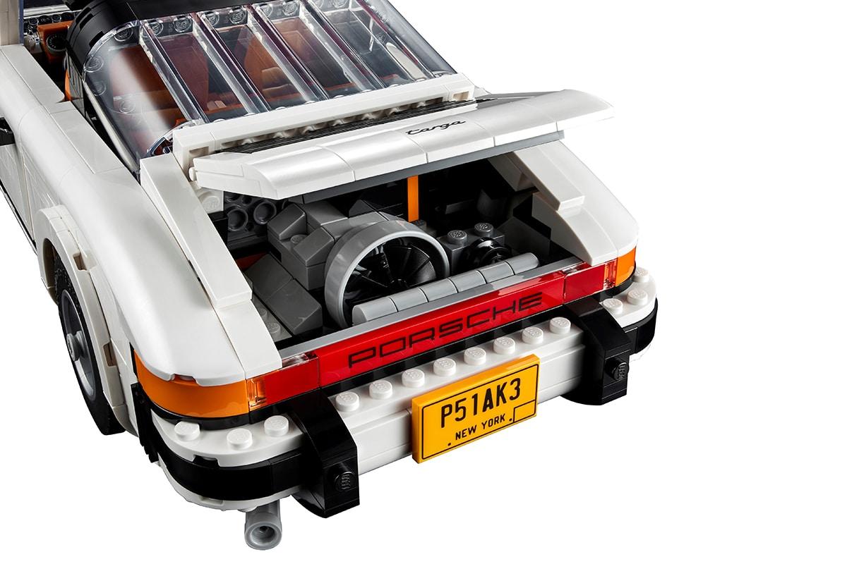 Lego Porsche 911 Building Set engine