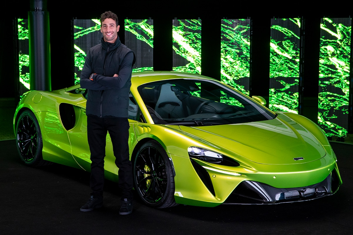McLaren Artura 1