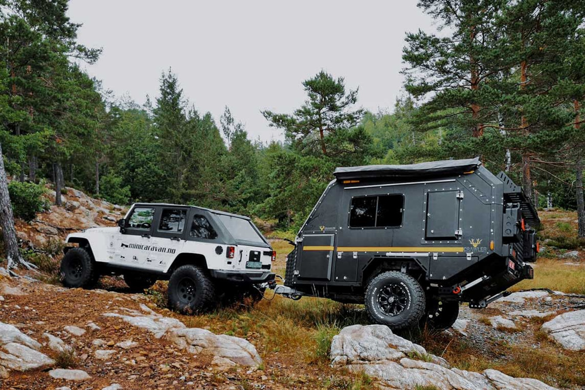 Minicaravan Crawler TRC 428 hooked