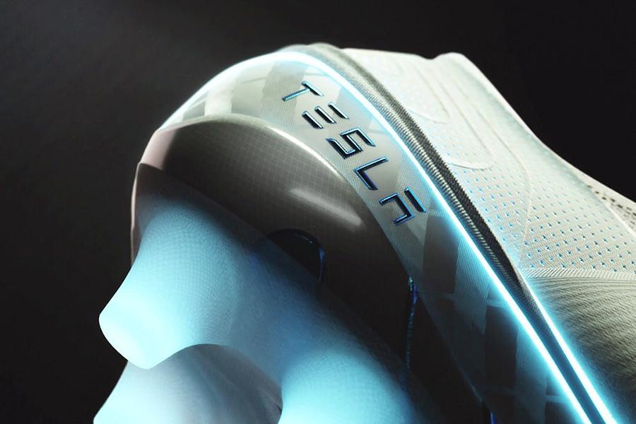 Tesla Football Shoes sole