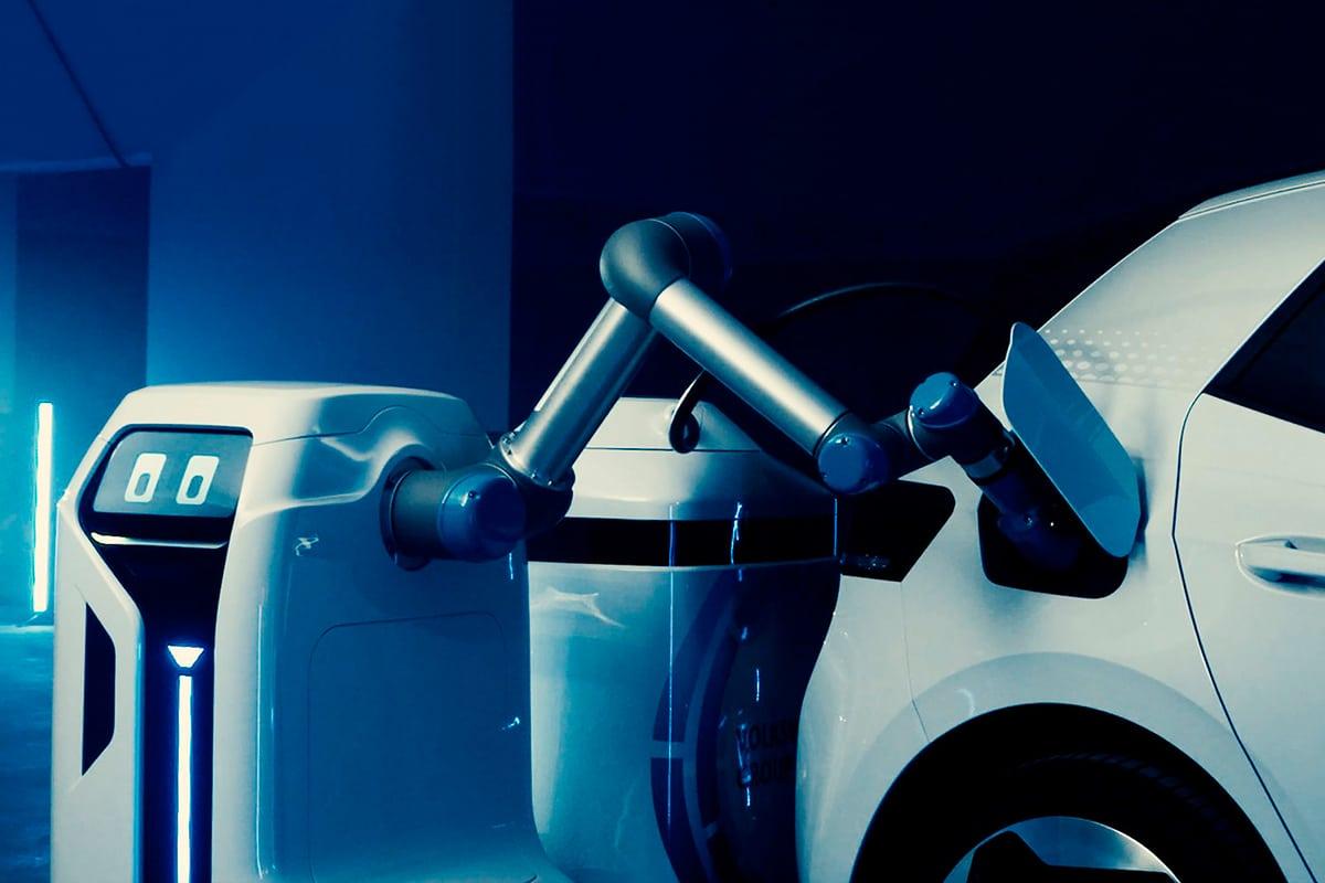 VW mobile charging robot arm