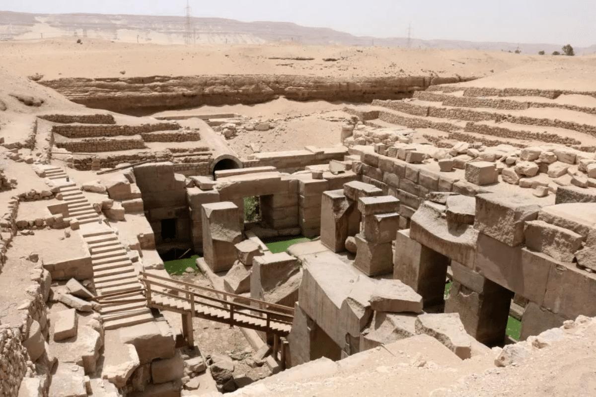 Археологи обнаружили пивоварню 5000-летнего возраста в Египте    Человек многих