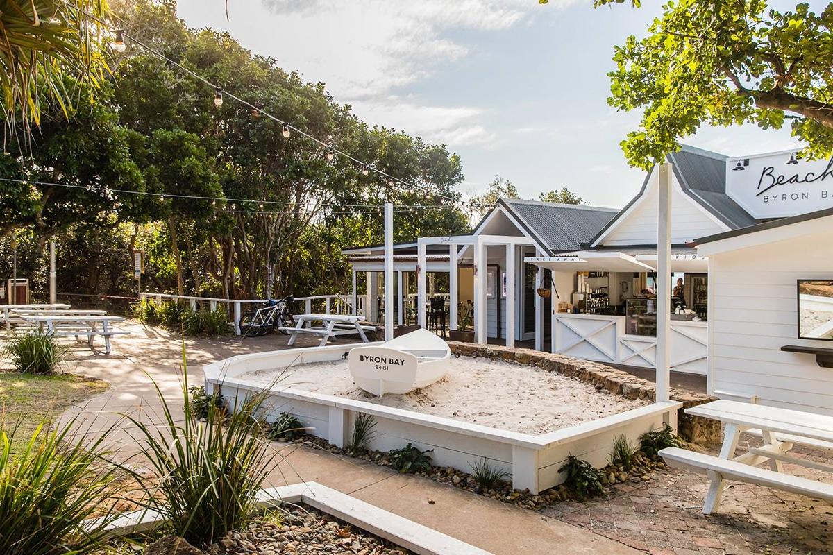 Beach Byron Bay restaurant exterior