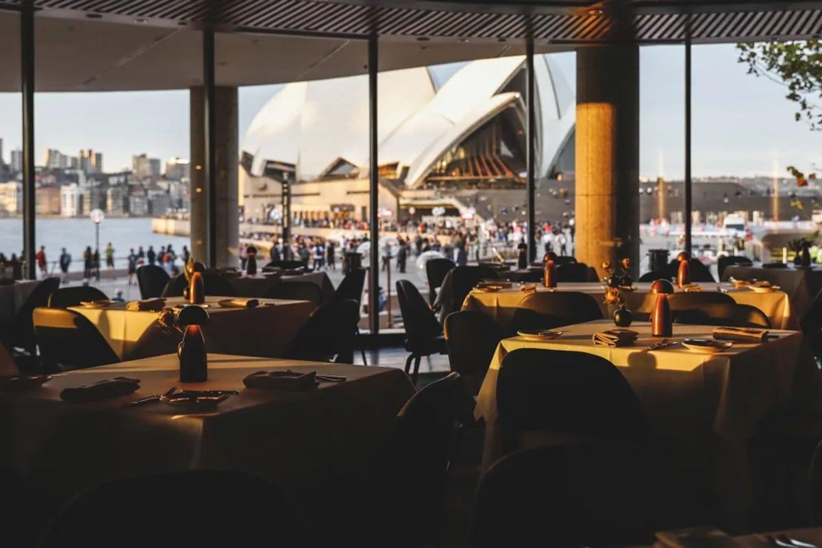 aria restaurant interior