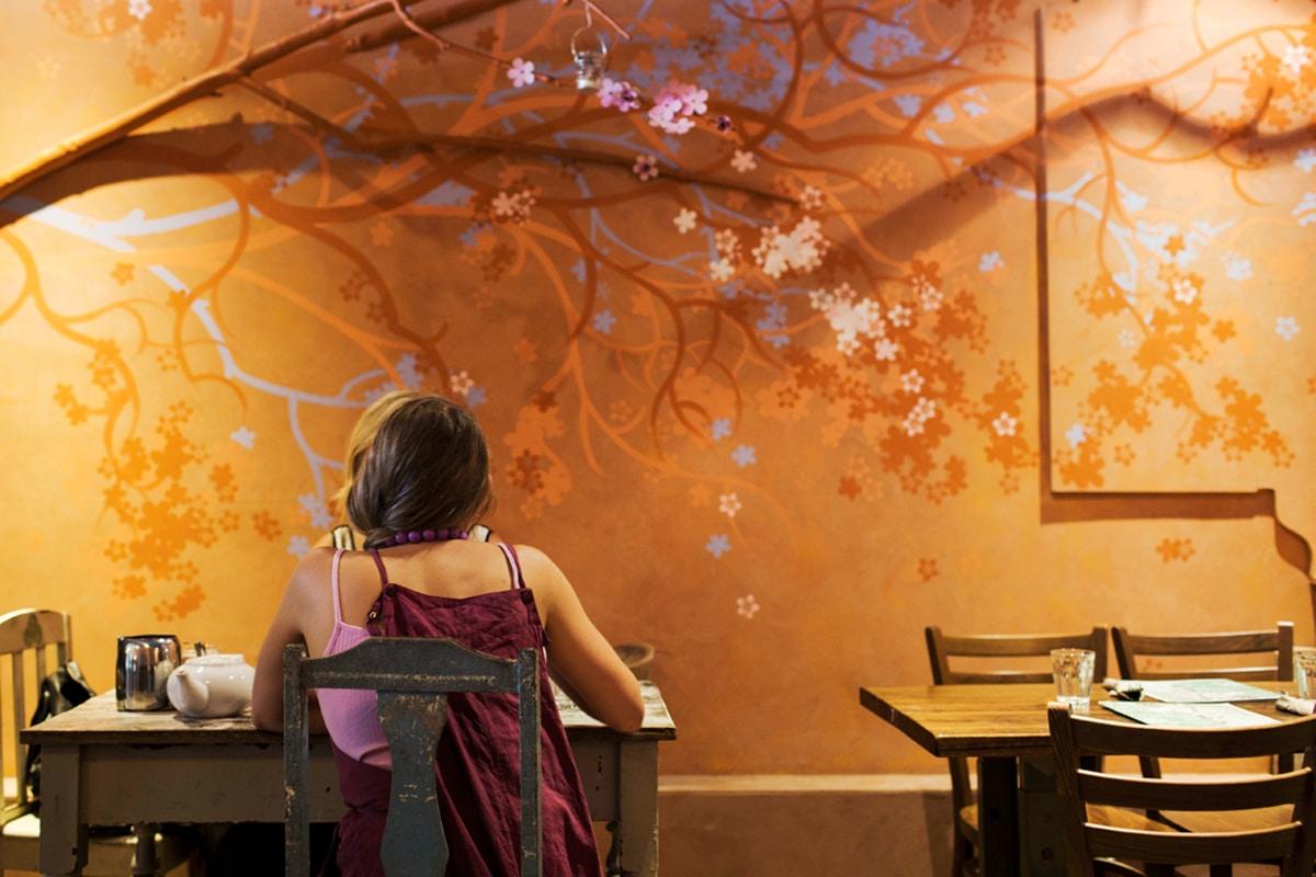 yong green food interior