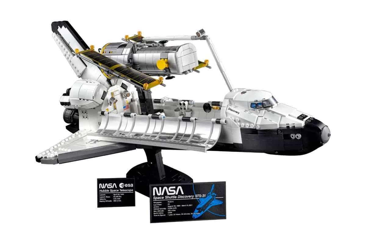2 lego nasa discovery and hubble set