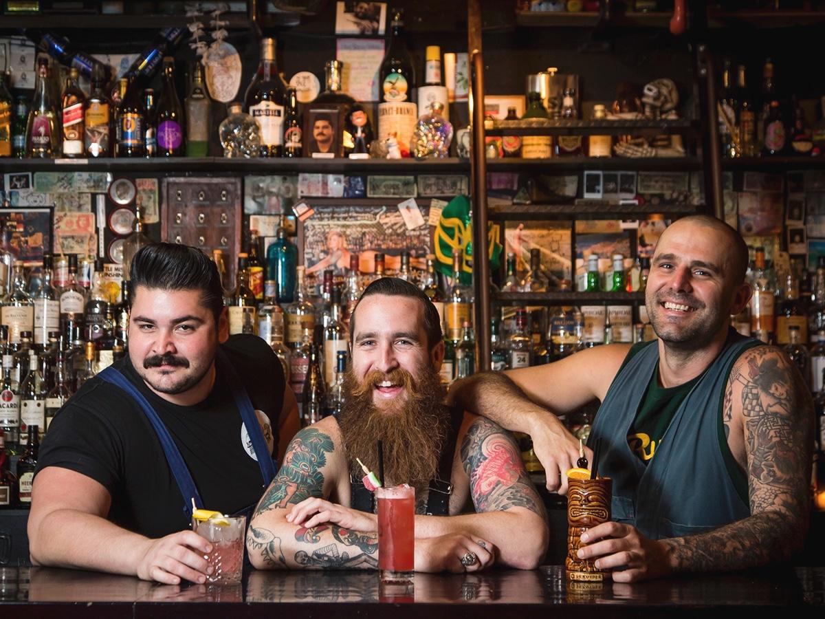 ramblin rascal tavern three bartenders