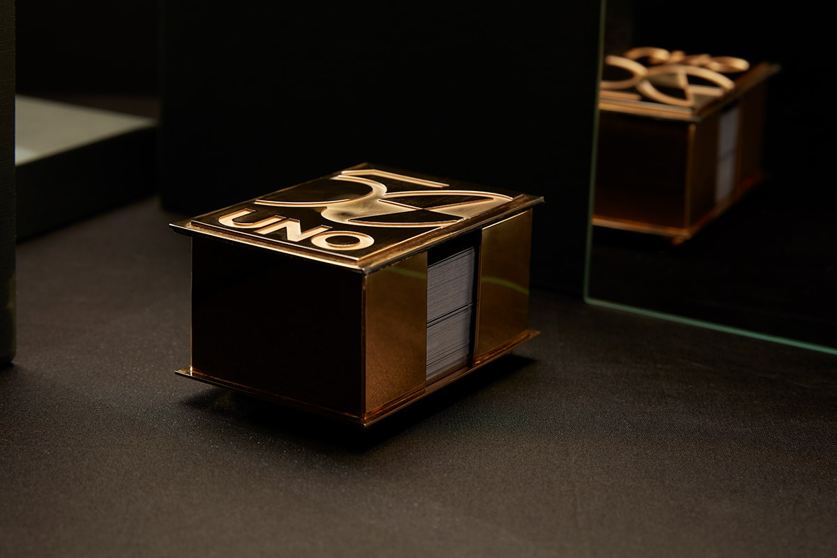 22ct gold uno card holder 3