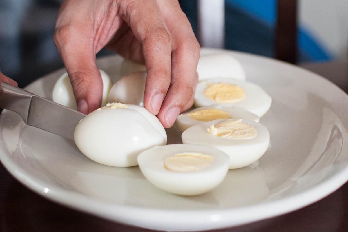 Best High Protein Snacks for On the Go Hardboiled Eggs