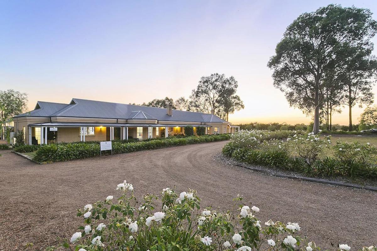 vinden estate homestead outdoors